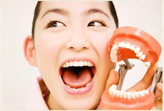 「抜歯矯正」と「非抜歯矯正」